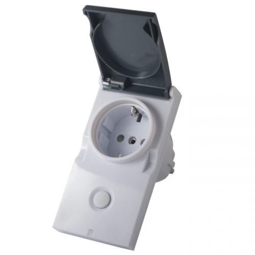 Фотография товара - Модуль-выключатель в розетку Z-Wave.Me Plug-in Switch IP44